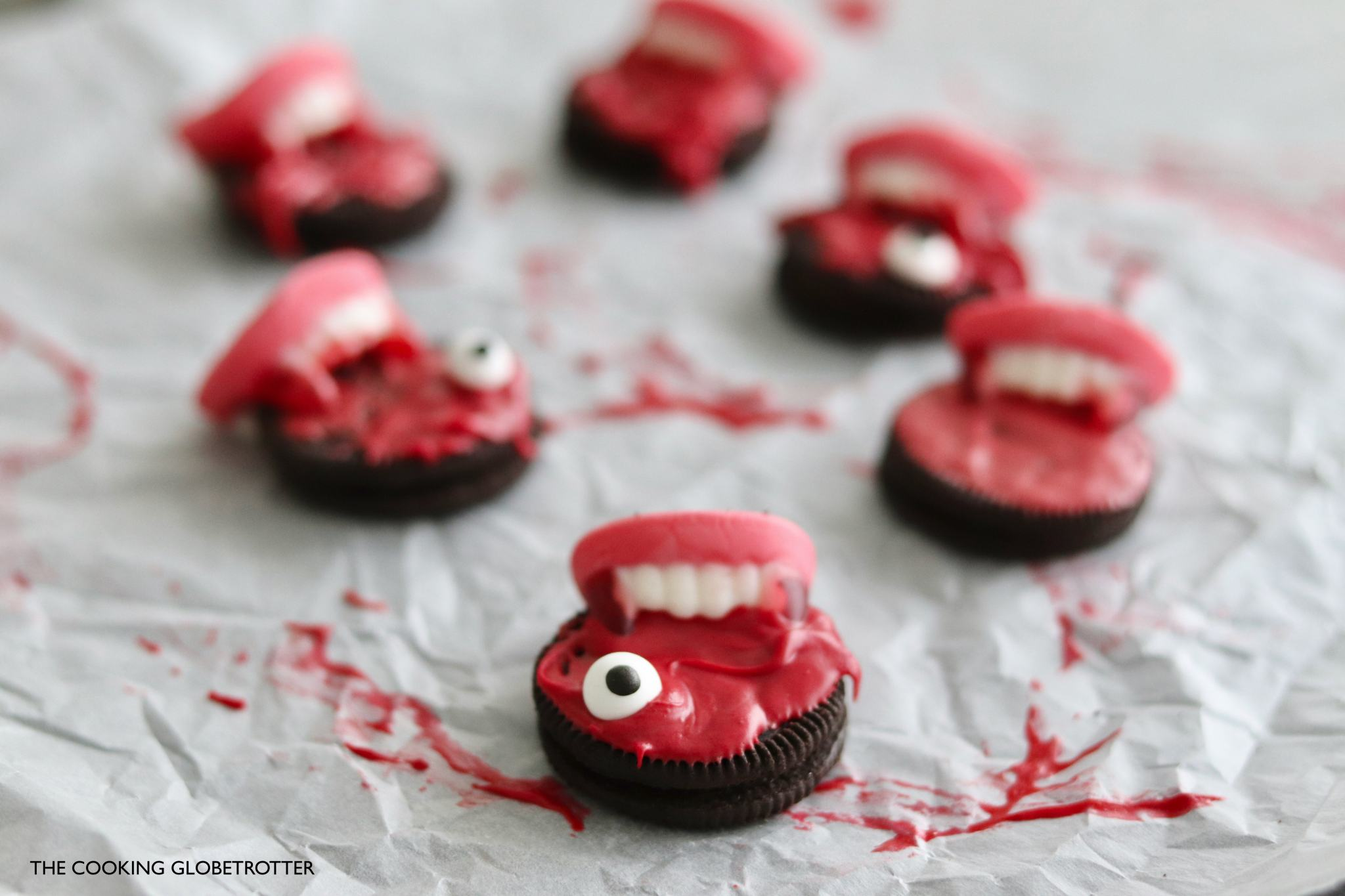 Bloody vampire cookie bites