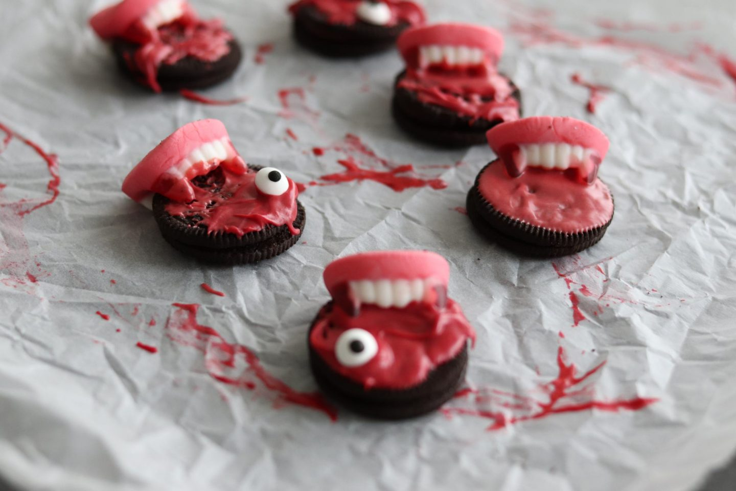 Close Halloween Cookies Kekse gruselig Blut Vampire