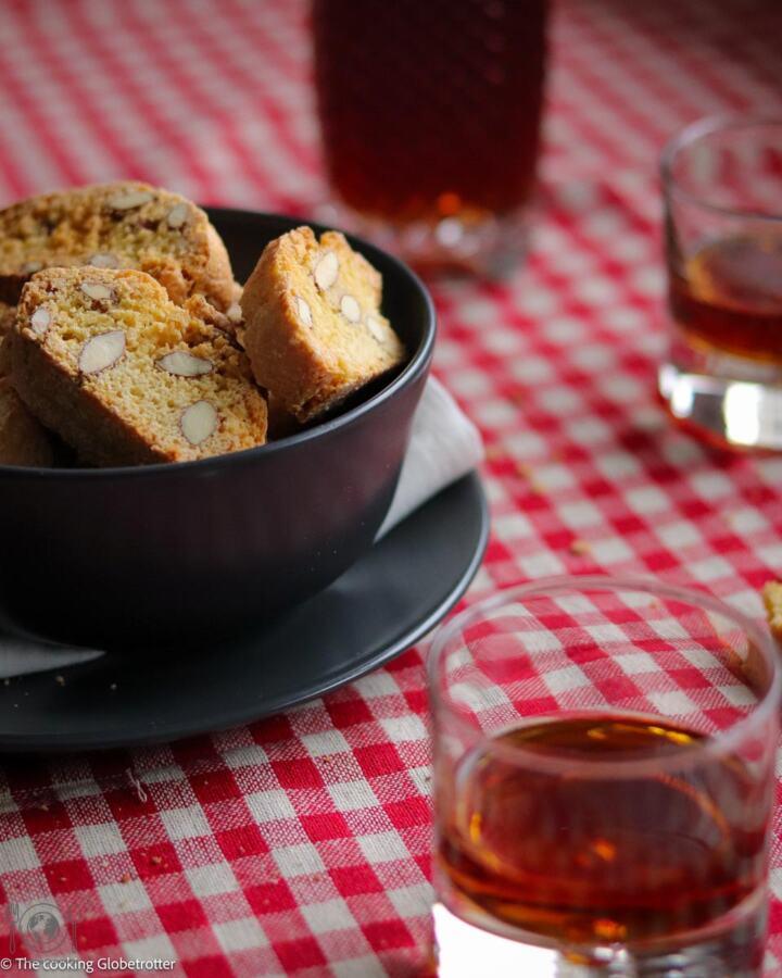 Cantucci – Italian almonds biscotti
