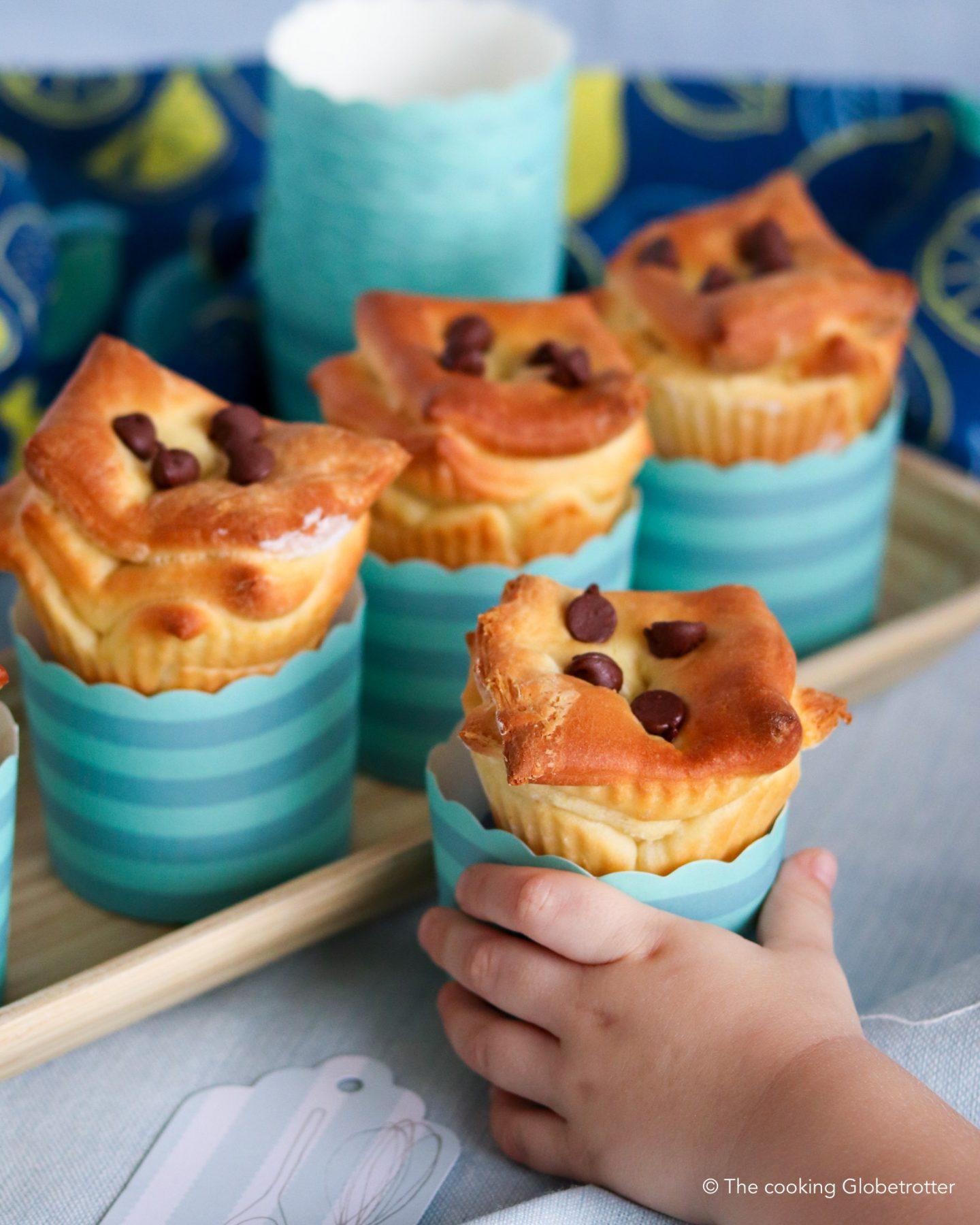 Intro Zupfbrot Muffins Zucker arm mit Schokolade, einfache Hefe Teig Muffins für Kinder und di ganze Familie, backen