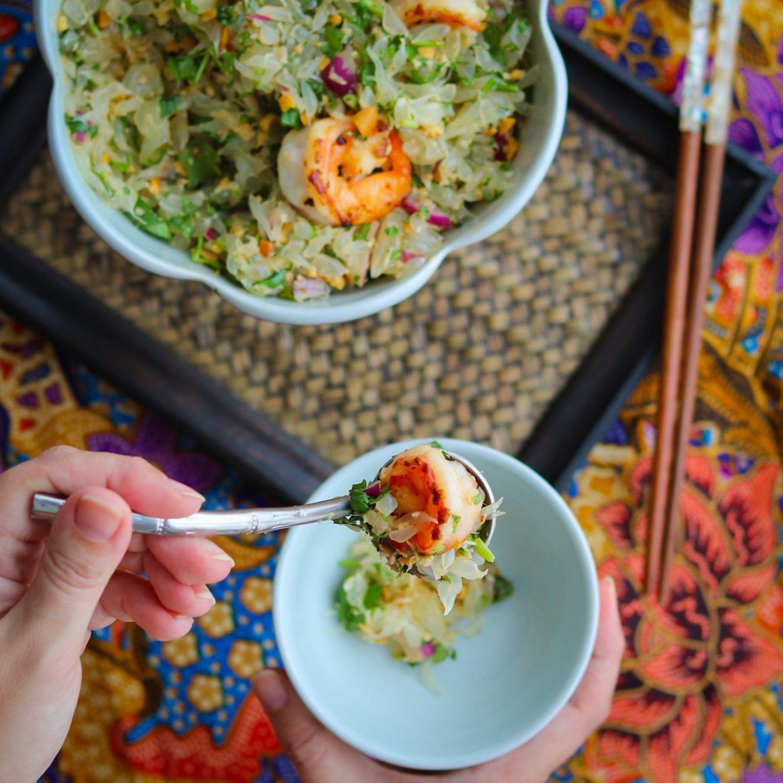 Thai Pomelo Salat mit Chili Garnelen von Laura The cooking Globetrotter
