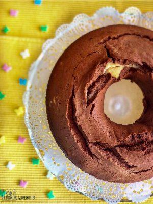 Das Rezept meiner Großmutter für Marmorkuchen ist das beste. Er wird saftig und luftig, denn sie hatte einen Trick dafür!